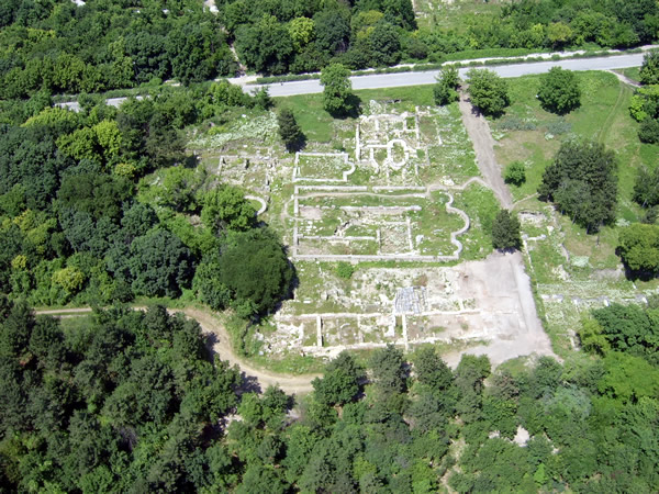 The Roman Town Nove