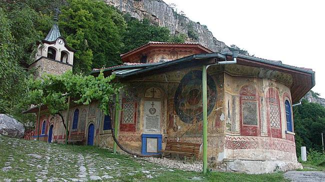 Veliko Tarnovo villages eco-paths- Probrajenski monastery