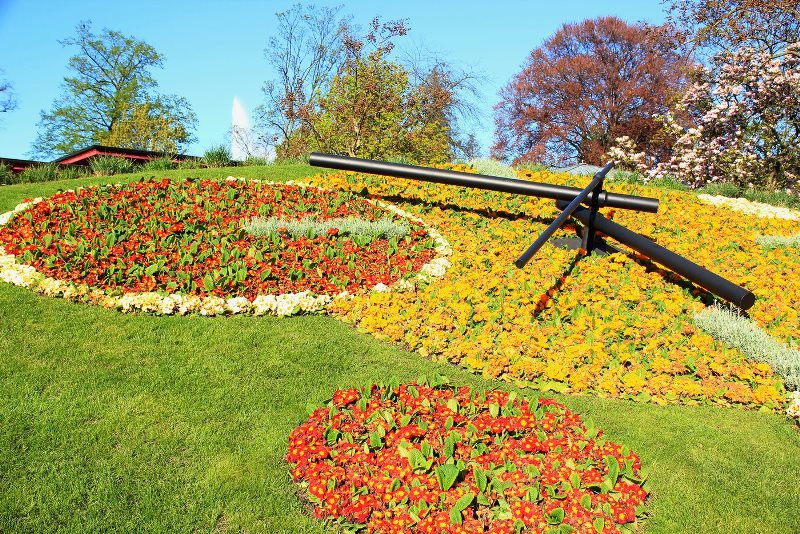 Veliko Tarnovo's new attraction - a flower clock inspired by the one in Geneva